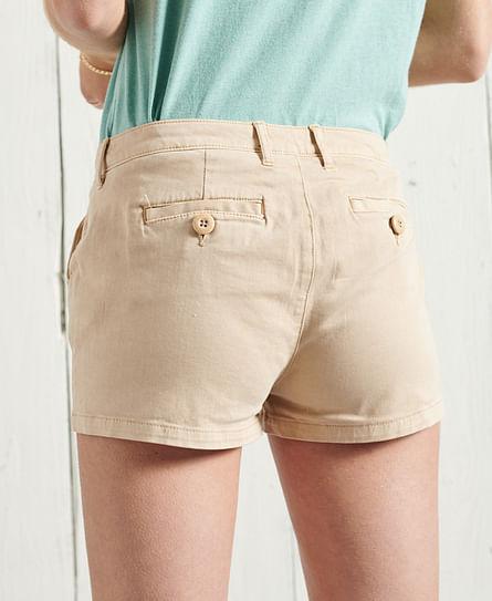 Chino Hot Short