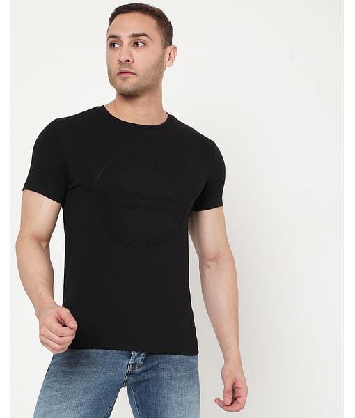 Men's Scuba Embossed In Crew Neck T-Shirt