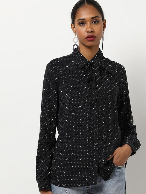 Women's regular fit collared full sleeves printed Bowy shirt