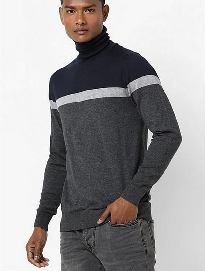 Men's Emeric solid turtle neck navy blue pullover