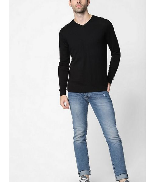 Men's Aryon solid V neck black sweater