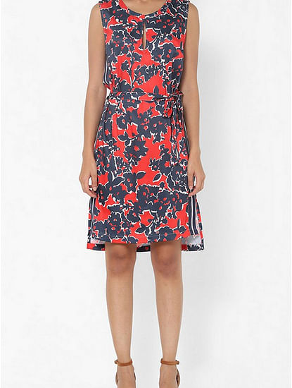 Women's regular fit collared sleeveless printed Roche dress