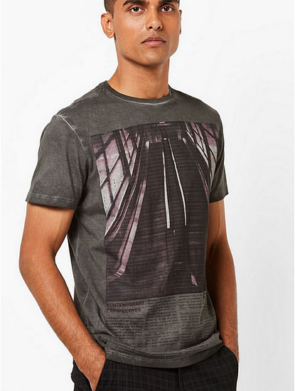 Men's Scuba contemporary printed crew neck grey t-shirt