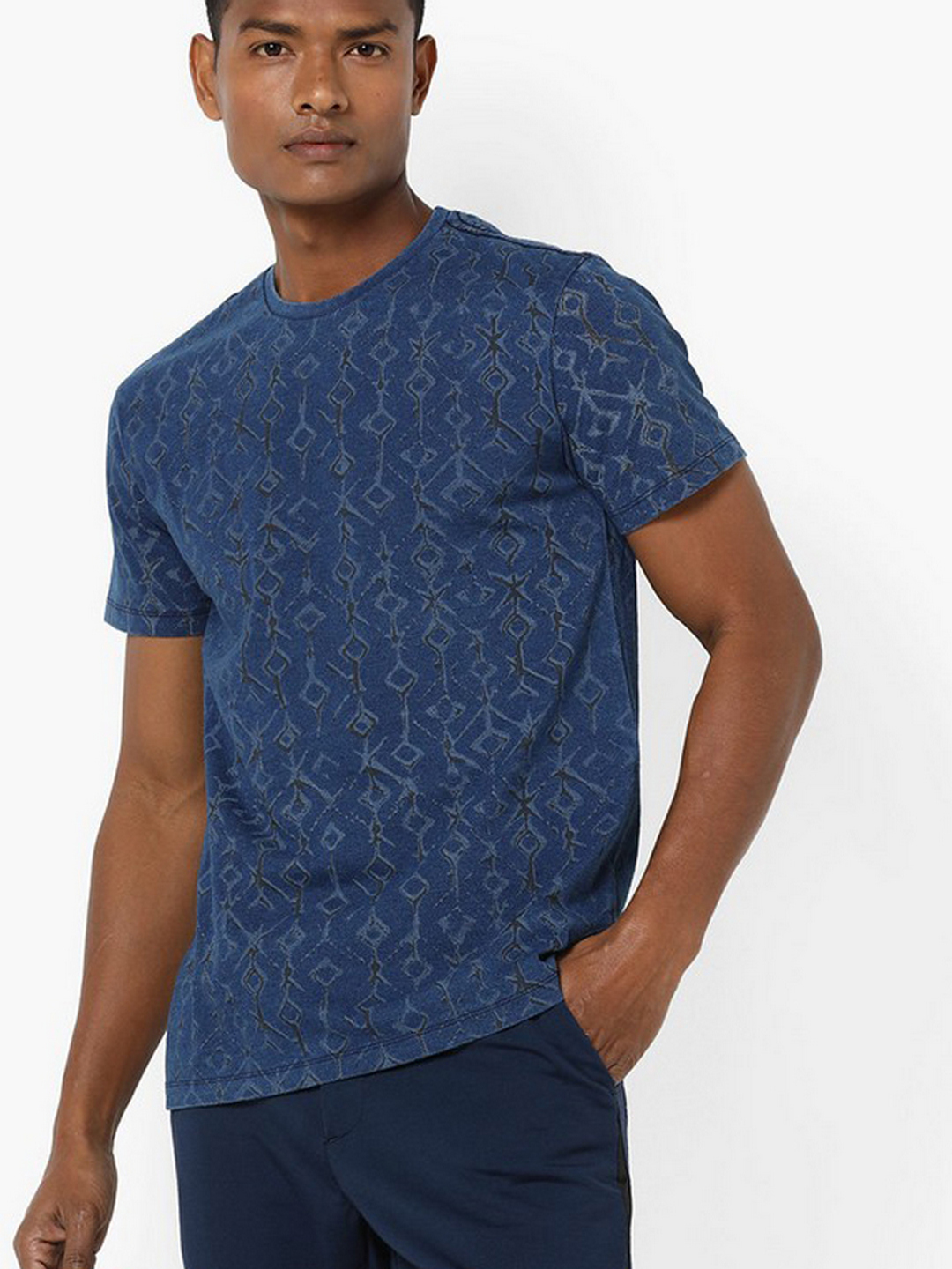 Men's Scuba geometric printed crew neck blue t-shirt