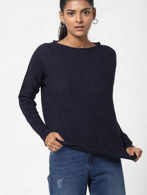 Women's regular fit boat neck full sleeves Syssi top