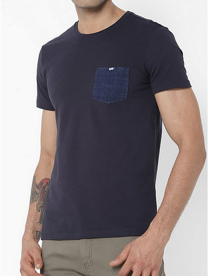 Men's Scuba patch pocket round neck blue t-shirt