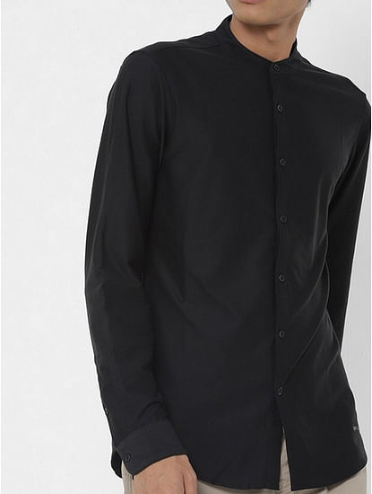 Men's Knit solid black shirt