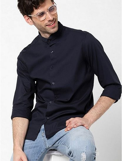 Men's Sir Det chess solid navy blue shirt