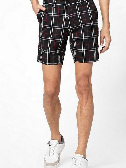 Men's Tiby black checked shorts