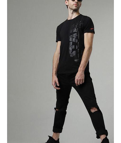 Men's Scuba broken printed round neck black t-shirt