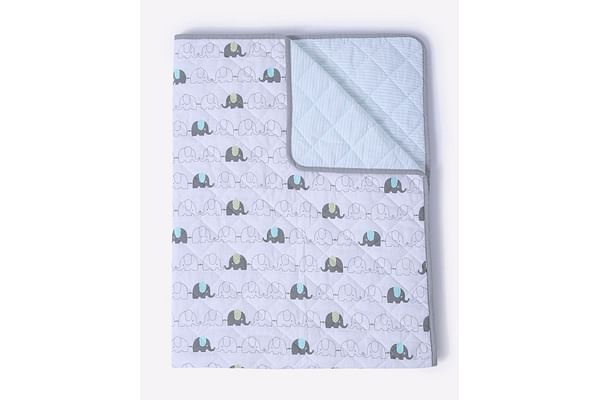 Mila Baby Elephant Quilted blanket (Large)