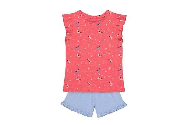 Girls Half Sleeves T-Shirt And Shorts Set Printed - Pink