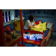 Worlds Apart Lightning Mcqueen 452CAA Toddler Bed